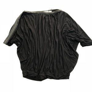 DVF Diane Von Furstenberg black top w/ zipper neck